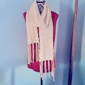 Nua Merino Wool Silk Fringe Scarf